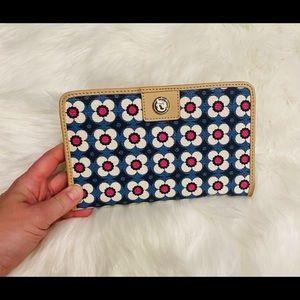 Spartina Large Bifold Snap Wallet